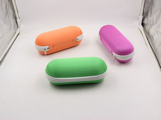 Wenzhou EVA reading glasses case with zipper H05